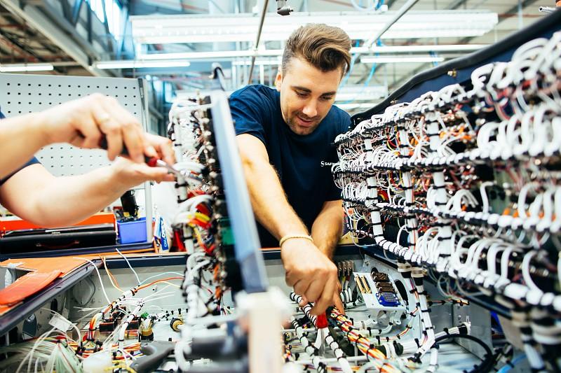 Perkembangan Jasa Perbaikan Alat Elektronik dengan Sistem Online