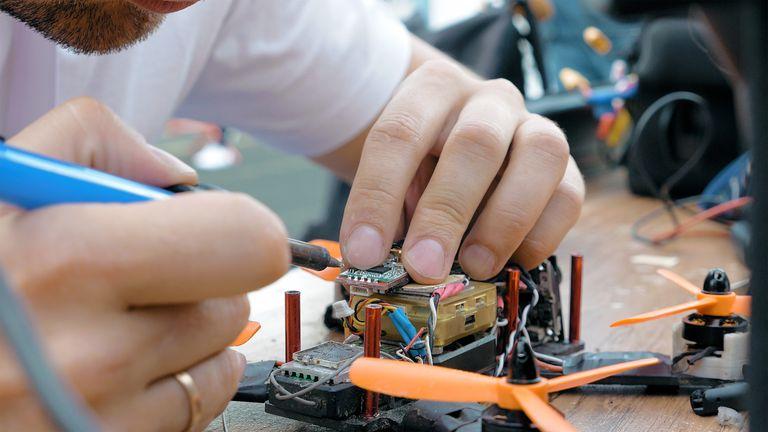 Keuntungan Menggunakan Jasa Perbaikan Alat Elektronik Online